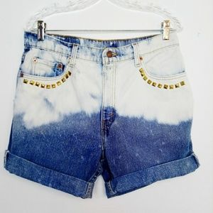 Levi's 506 Hi Rise Bleach Dyed Distressed Shorts